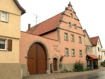 Außenansicht ehemaliges Zehnthaus in Niederlauer