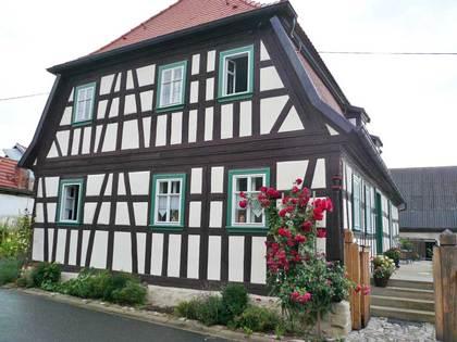 Seitenansicht des Anwesens Wagenhausen 6 in Theres