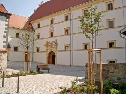Innenhof der ehemaligen Amtskellerei in Stadtlauringen