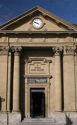 Außenansicht der ehemaligen Hofspitalkirche zu den 14 Nothelfern in Würzburg