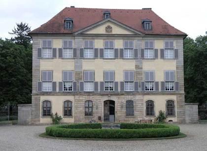 Außenansicht des Schlosses Birkenfeld in Markt Maroldsweisach-Birkenfeld