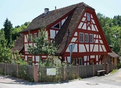 Außenansicht des Anwesens Mühlecke 1 in Laudenbach