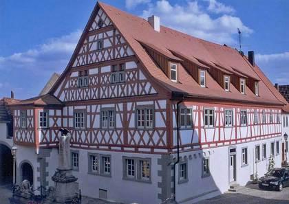 Außenansicht Anwesen Nikolaus-Müller-Straße 1 in Wipfeld