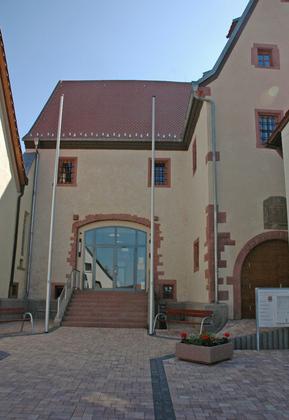 Außenansicht der ehemaligen Zehntscheune in Gössenheim